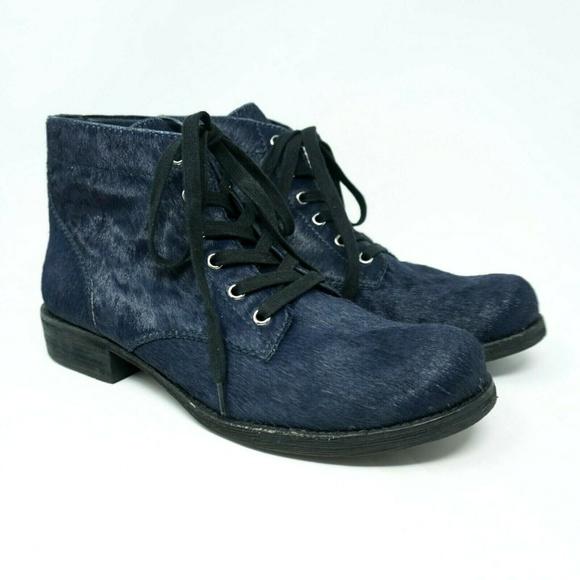 86c21c2bf8260 Sam Edelman Booties Bleecker Blue Fur. M 5c5d04c3bb761520e8ff3676